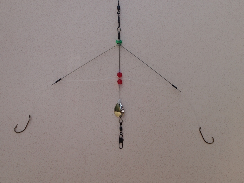 Best basic fishing rigs for top middle and bottom fishing for Best bottom fishing rigs