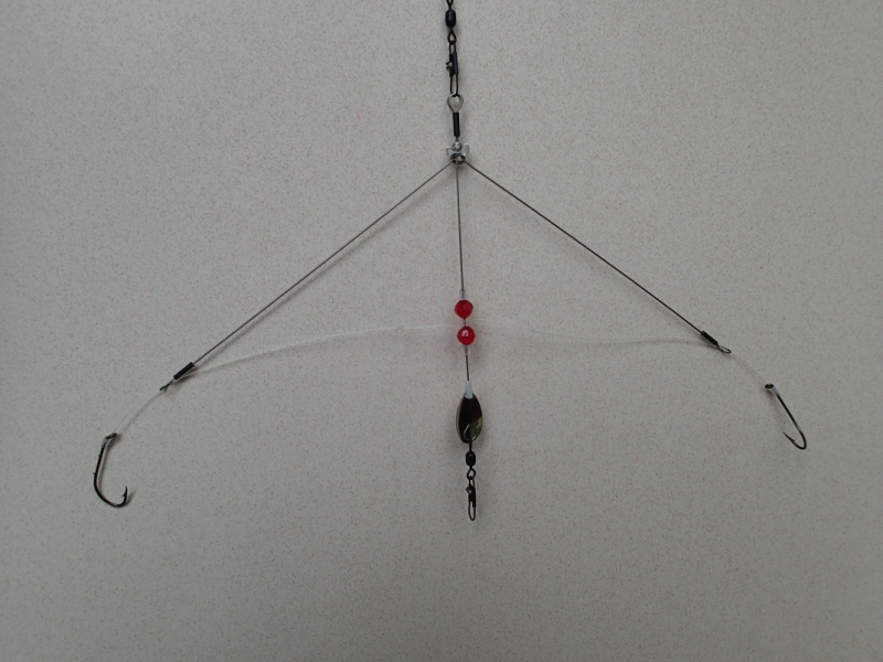 Best basic fishing rigs for top middle and bottom fishing for Yellow perch fishing rigs