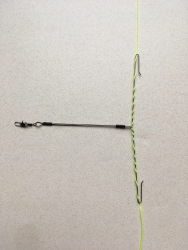 Mainline fishing bait arm with snap swivel 4 inches